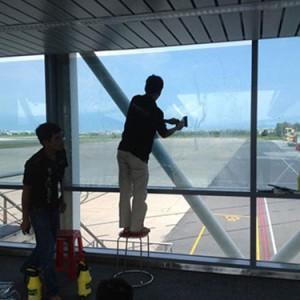 Dán kính chống nắng nhà, phim cách nhiệt dán kính nhà