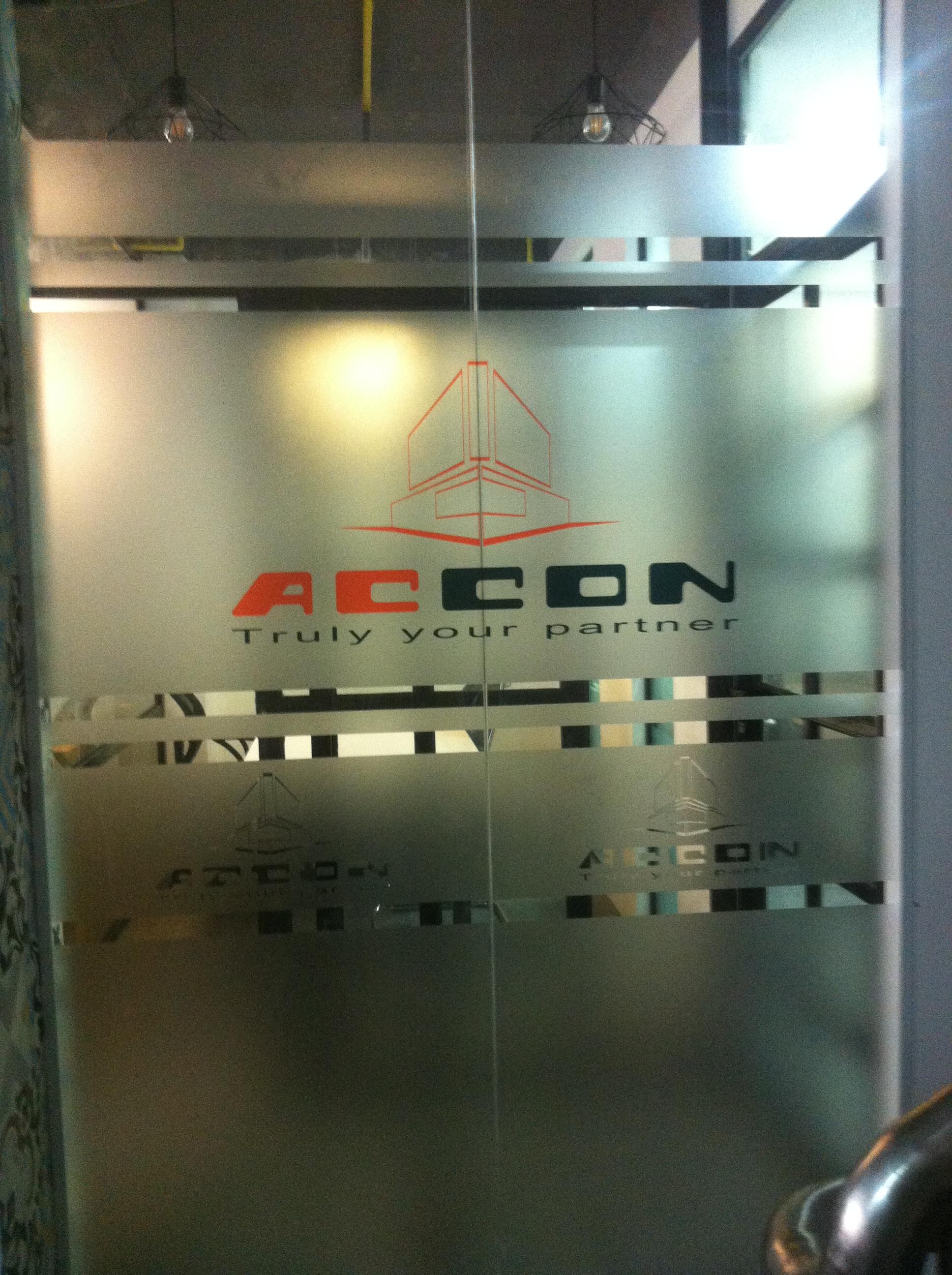 in decal dán kính mờ cho công ty accon - Nguyễn Lương Bằng